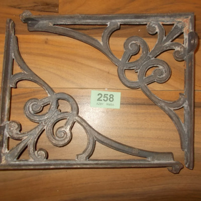 Vintage Cast Iron Cisten Sink Brackets Bathroom Supports 258